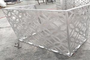 雕花铝板空调罩