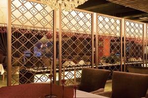 餐厅镂空电镀香槟金铝屏风隔断