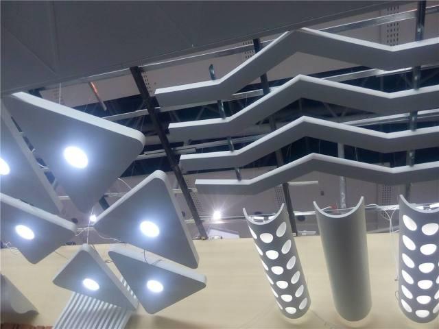 各种款式造型铝单板吊顶