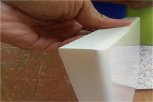 白色烤瓷铝单板折边细节