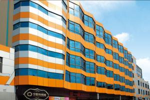 商城天面安装氟碳铝单板 顶面铝单板