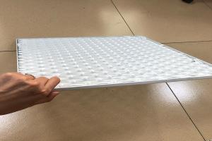 铝拉网板背面