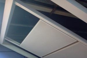 地铁站过道吊顶搭扣铝单板和滑槽