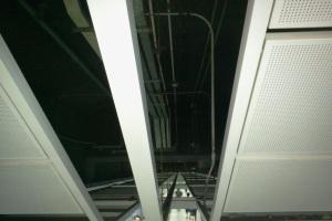 地铁搭扣型吊顶铝单板安装骨架