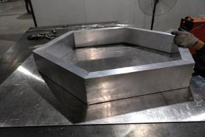 方管焊接六边形吊顶边框