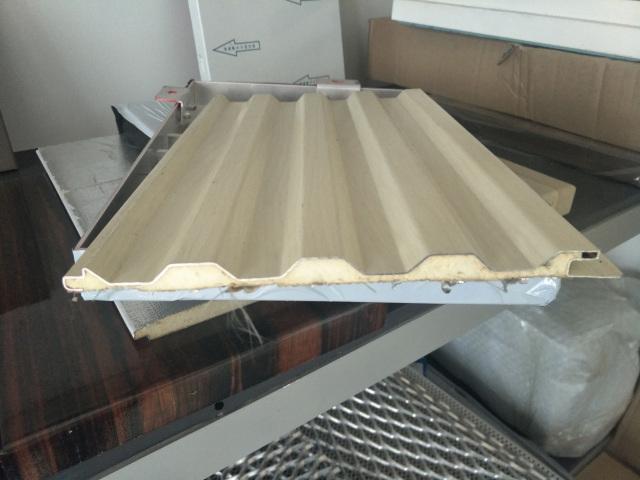 瓦楞铝板复合聚氨酯泡沫