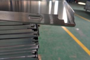 铝扣板成型后扣位和角位