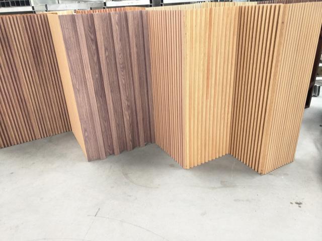 各种规格颜色长城板铝型材