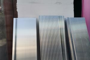 墙面圆弧凹口铝型材