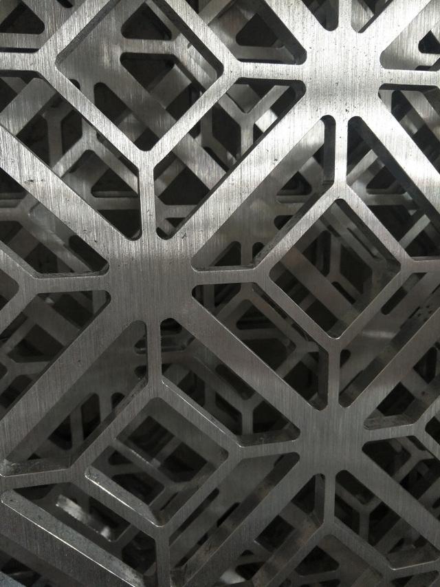10mm厚铝板雕刻窗花雕刻细节