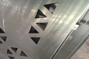 激光雕刻三角形孔铝单板