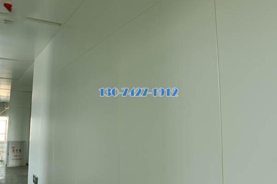 白色墙面铝单板