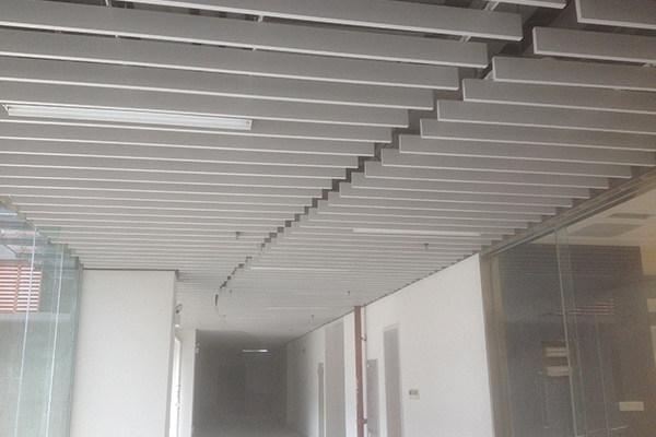 走廊吊頂鋁方通