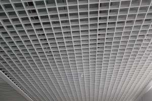 大堂白色铝格栅