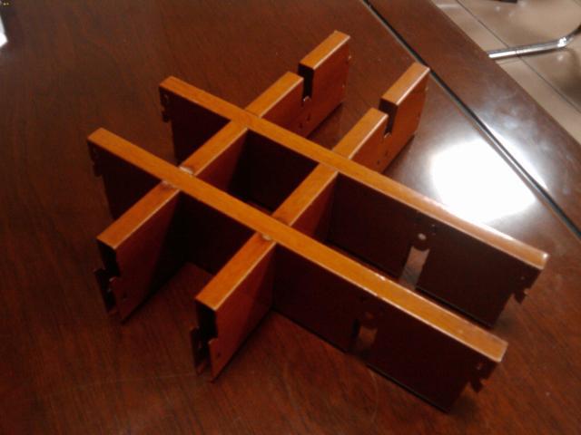 方形格子_幕墙铝单板_吊顶铝单板_铝方通_陶瓷/烤瓷铝板